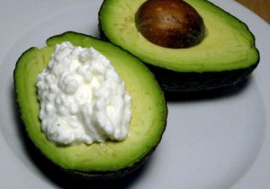 72468dd777e471da_cottage-cheese-avocado